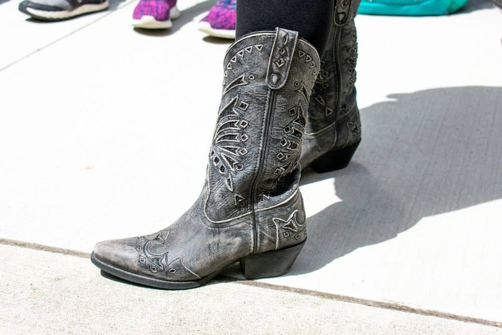 What Size Cowboy Boots Do I Need ?