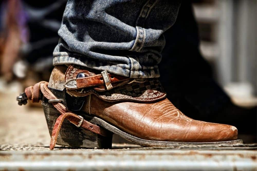 cowboy boots with riding heel