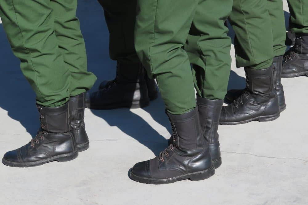 To make your tactical pants neat while doing tasks, you can blouse them or tuck them in your tactical boots. As for blousing your boots, you might need some necessary tools to do that. But tuck them? No, just your tactical pants are enough. The good thing is you can do it on the go! Today, let's check out how to tuck your tactical pants into boots. And learn more about their advantages as well as disadvantages when having your tactical pants tucked into boots.