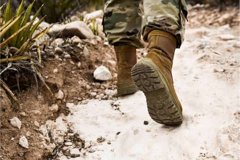 Many argue that tactical boots are too heavy for hiking and make hikers lose a lot of strength, flexibility, and comfort to conquer free roads. That's not true! In this case, you may not be able to tell the difference between tactical boots and traditional military boots. Today, I'm going to tell you why a tactical boot is the most versatile boot in the world. And why it is a great boot to use for hiking no matter how difficult the terrain is. On top of that, there is a list of 15 best tactical hiking boots as a gift to hikers. Are you ready for the journey? Let's start!