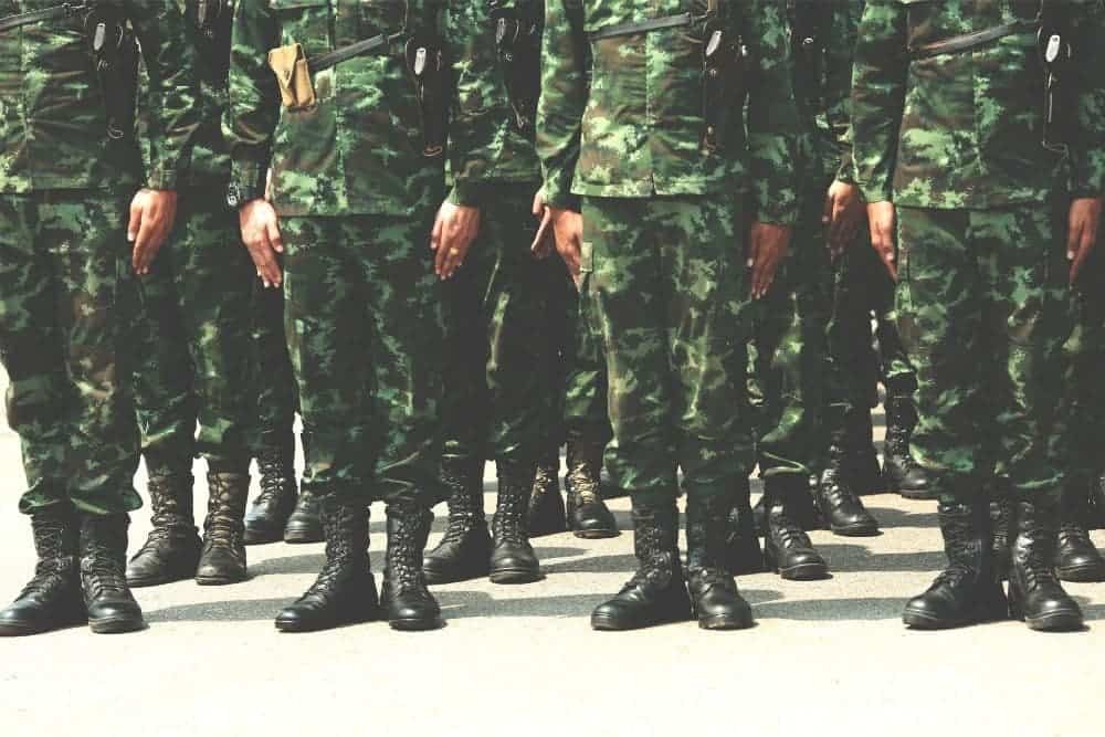 Tactical boots for military use have gone through a long history of innovating styles and forms depending on the intended use of the boots by different types of soldiers. In this article, we will take a deeper look at the 7 most popular tactical boots that have been in military use throughout history until now, including: Standard-issue boot Tanker boot Cold-weather boot Desert tactical boot Mountain tactical boot Jump boot Jungle boot