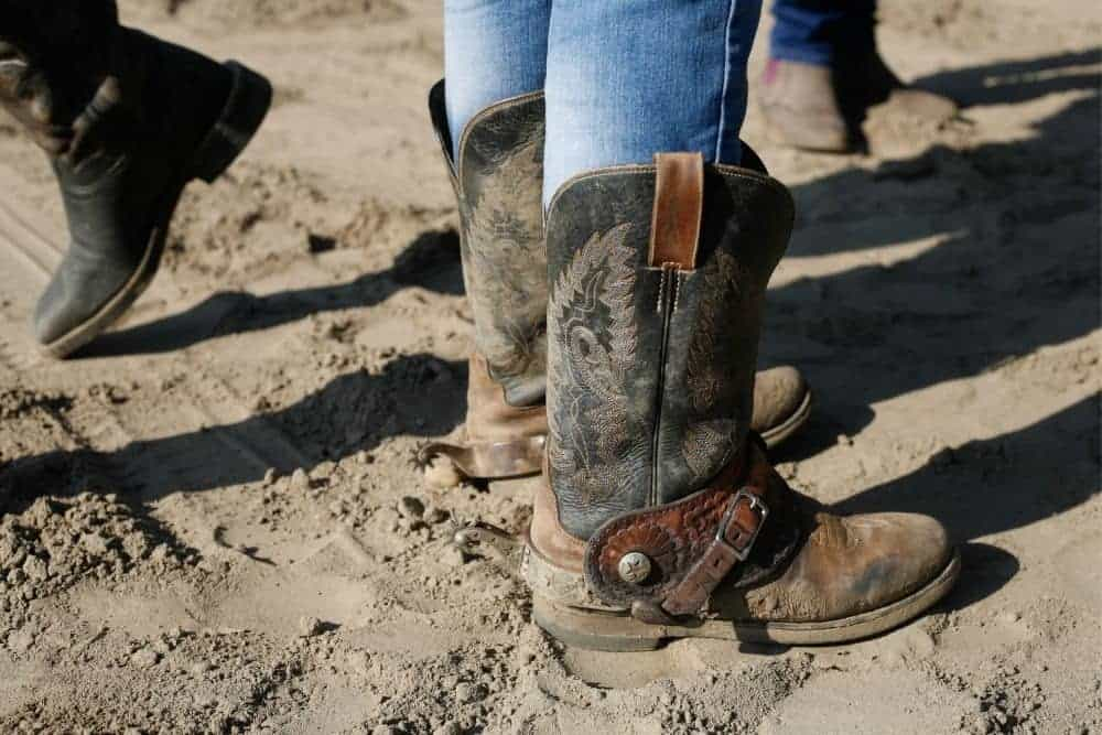 Make cowboy boots fit tighter around the calf