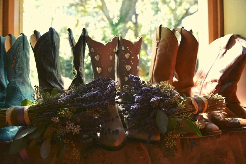 types of cowboy boots to match with dresses