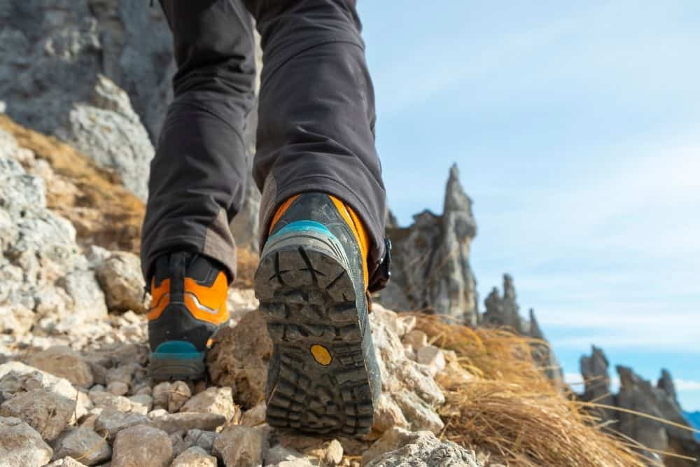 tread pattern of slip resistant hiking boots