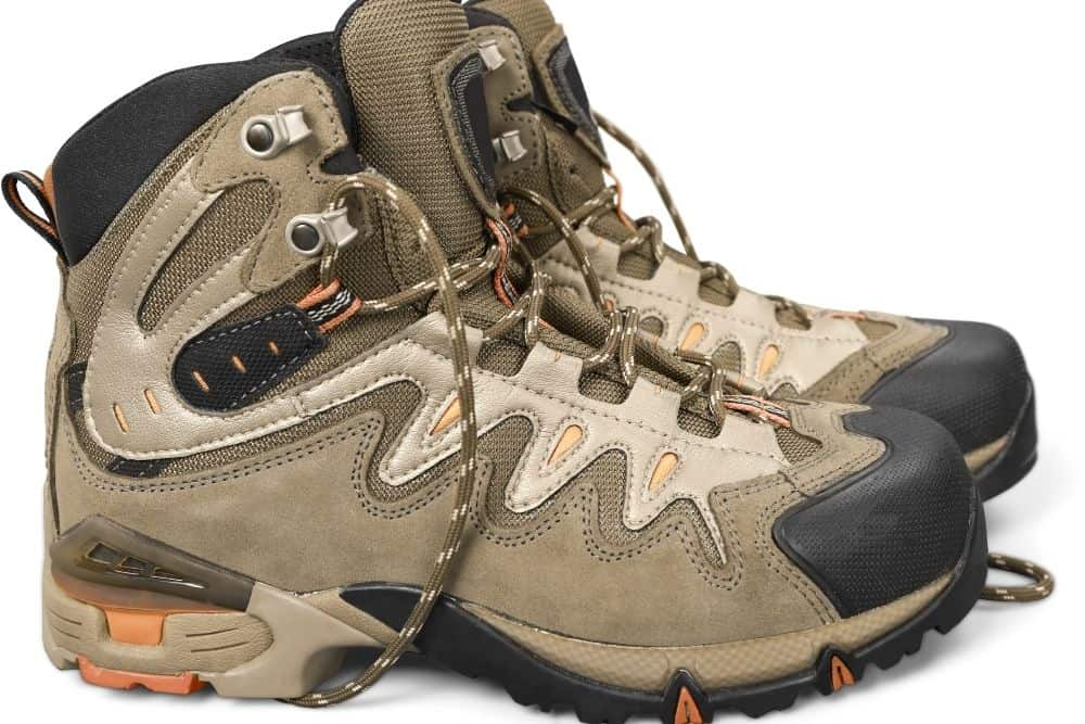 hiking boot upper with lightweight material