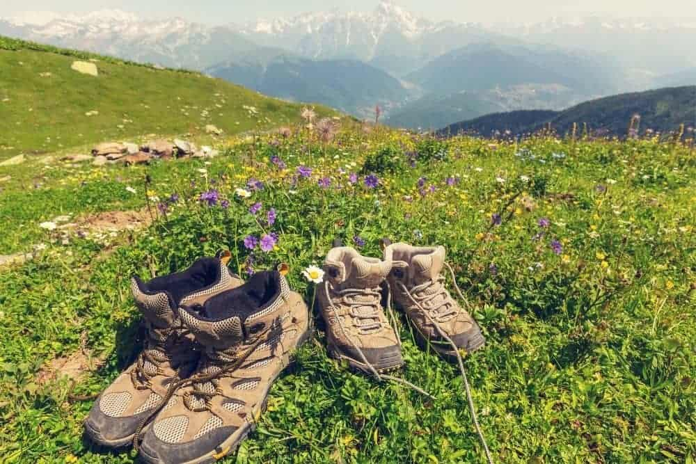 hiking boots with breathable lining