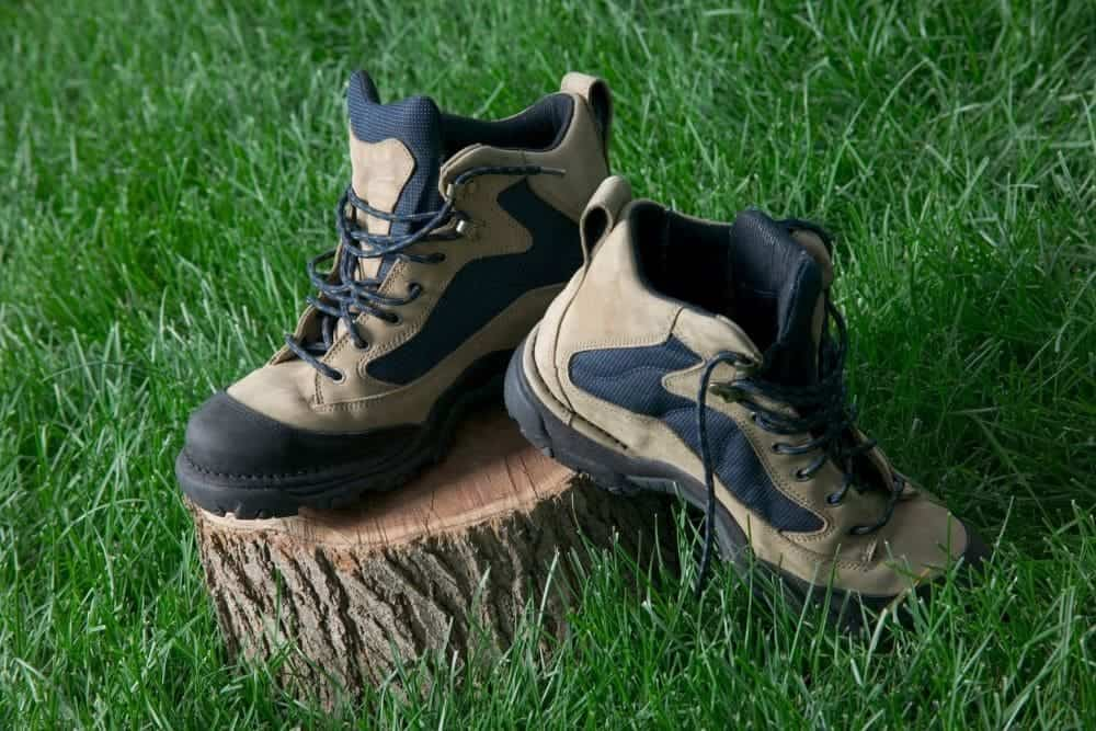 hiking boots with breathable material