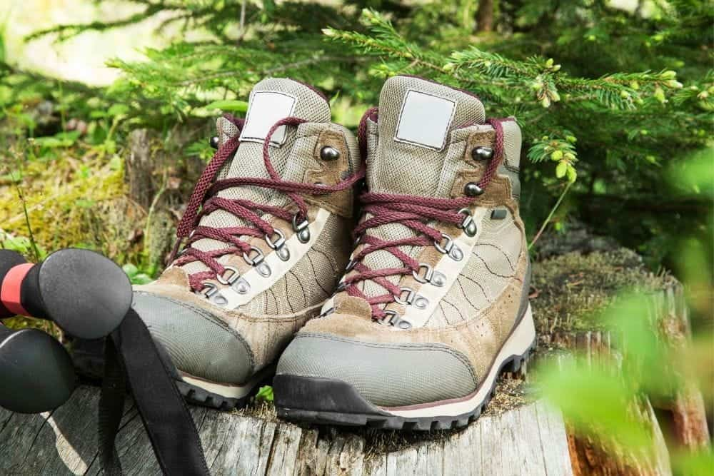 hiking boots with features for running