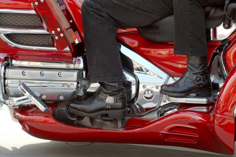 motorcycle boots protect ankles